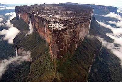 http://3.bp.blogspot.com/_CC0J1B0k9DQ/TLhtfA64AGI/AAAAAAAAACw/k5GDOUgIHlA/s1600/Mount-Roraima.jpg